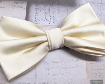 Mens Bowtie. Champagne Cream Bowties With Matching Pocket Square Option
