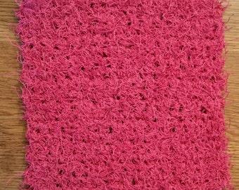 Crochet scrubbie in Bubblegum