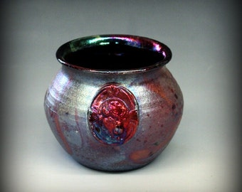 Raku Pot with Bison in Metallic and Iridescent Colors