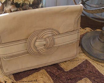 Vintage Camel Tan Leather Clutch Purse Good Goods Made in Colombia by Artecuero