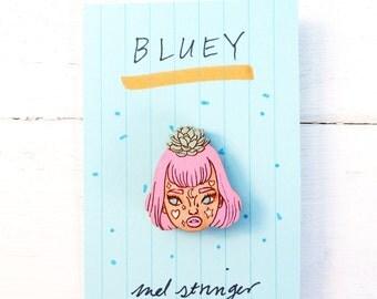 Bluey (succulent skull) - handpainted cherry wood pin - 3cm