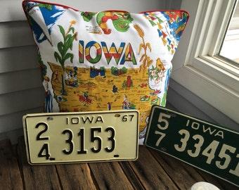 """Iowa Pillow Cover, 18"""" Retro Iowa Pillow, Iowa State Pillow, Iowa Souvenir, Iowa Home Decor, Midwest Home Decor, Hawkeye State"""