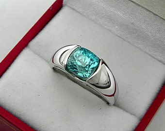 AAAA Blue Zircon Cushion cut   7.5x7mm  4.2 Carats   14K White gold ring.  1366