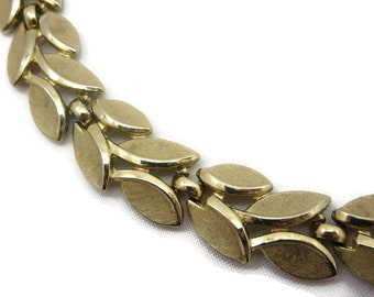 Vintage Trifari Gold Leaf Necklace - 1960s Costume Jewelry, Laurel Branch