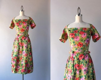 1960s Garden Party Dress / Vintage 50s Bold Floral Fitted Dress / 60s Bow Belt Dress