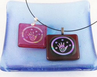 Spiral HEALING HAND in rainbow dichroic  - fused glass necklace - Hand & star dichroic glass jewelry - Reiki - cosmic - pendant  (3563-4081)