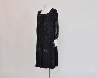 1920s Dress / Deco Dame Vintage 20's Beaded Flapper Dress