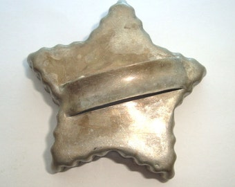 Vintage Star Cookie Cutter with Handle, Aluminum, Retro Scalloped Edge, Metal, Baking, 1960's  (14-16)