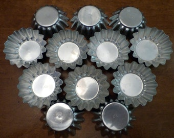 Vintage Tart Tartlet Tins Baking Pan Pastry (12)