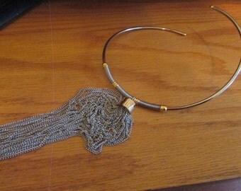 neck ring tassel