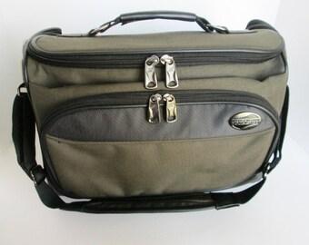 American Tourister Overnight Travel Case, Khaki Shoulder Bag, Vintage Holiday Travel, Zippered Duffel Bag, Carry On Luggage, Shoulder Strap