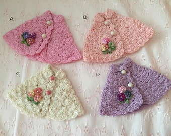 Sale previous season color knit Cape for Blythe Doll
