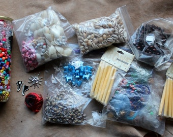 Mixed lot of orphan secondhand and vintage wood, plastic, shell and metal beads, charms and jewelry wire DESTASH