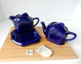 2 Restaurant Navy Blue Teapots and Tray, Rare Lover's Teapots