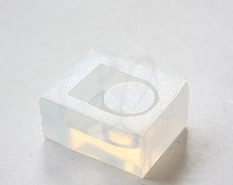 One Piece Silicone Mold For Ring or Loop - 17mm Inside Diameter - DIY Resin Ring Mold (3221C-A-199) (MD70)