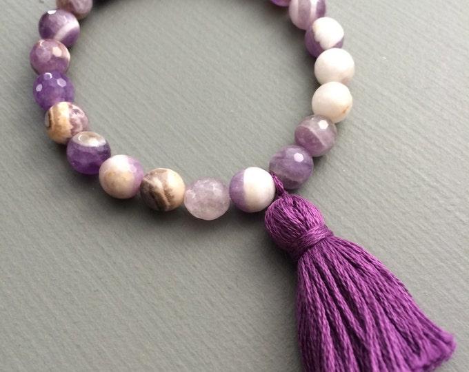 amethyst gemstone bracelet with tassel, yoga bracelet, tassel bracelet, gemstone bracelet, purple bracelet, amethyst bracelet, stretch