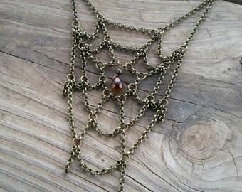 small spiderweb necklace / chain spiderweb / halloween jewelry / spider web necklace / bib necklace / unique statement necklace / HEY01W