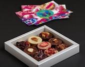 VALENTINE SALE A box of 9 raw vegan chocolates of your choice. Organic & no gluten added