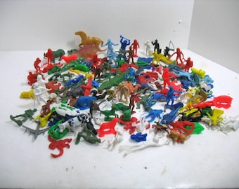 Vintage Lot of 140 Plastic Toy Soldiers Cowboys Indians Knights Astronauts Space Dinosaurs Firemen Animals Civil War etc.