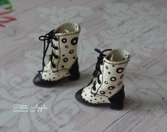 Polka dots OOAK painted Lace up Boots for Blythe dolls, pure neemo body S and other BJDs