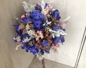 Bridesmaid's wand bouquet from my new Pine cone and Wildflower collection. For the nature or Woodland theme wedding.