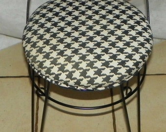 Vintage Black Iron Vanity Chair / Vanity Stool (BN64)