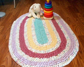 Large Pastel Oval Recycled Rag Rug Toothbrush Amish Knot