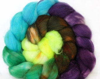 Cactus Flower 4 oz Merino softest 19.5 micron Roving Top for spinning