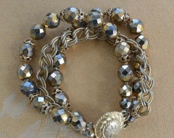 "Pretty Vintage Gold tone Faceted Glass Beads, Chain Multi-Strand Bracelet, 7-3/8"" (Q1)"