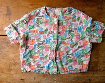 FRUIT Printed Cropped Top PINEAPPLE Short Sleeve 50s Shirt Mid Century Button Up Blouse 1950s Retro Crop Tshirt Small XS Louannes Vintage