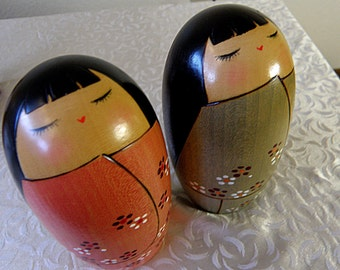 2 Kokeshi Dolls with Long Hair