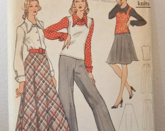 Vintage Women's Pants, Shirt, Skirt, Sweater 1970s Sewing Pattern Vogue 8391 Size 20 1/2 Bust 43