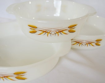 Vintage FIRE KING Anchor Hocking SET of 3 bowls bakeware overware made in usa