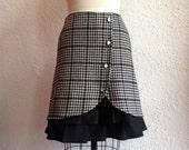 Grace wool ruffle front skirt Sz 2