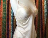 Vintage cream nylon delectables maidenform bra slip size 36 fits like a small