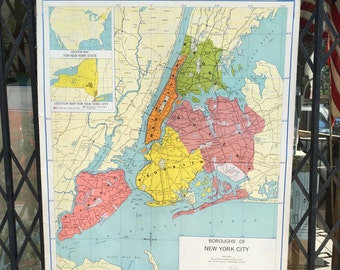 Boroughs of New York City! School Map 1965 Roll Up Vintage Classroom