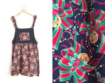 Size 16/18 // HOLIDAY APRON PINAFORE // Black Corduroy - Novelty Holiday Print - Ruffle Straps - Sleeveless Dress - Vintage '80s.