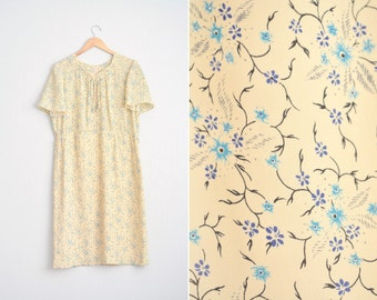 Size L/XL // FLORAL DRESS // Vanilla Yellow - Teal Floral Print - Pleated Neckline - Short Sleeve Midi - Vintage '90s.