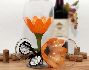 flower wine glass, painted wine glass, vivid orange, gerber daisy, daisy, spring table decor, large wine glass, personalized gifts, glass