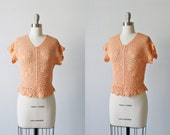 Vintage 1970s Knit Crochet Top/ Knit Sweater Top / Crochet Sweater Blouse / Peach Shell