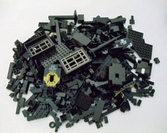 Lego Bricks 1980s, Lot of over 450 Black Bricks