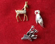Lot of 3 vintage pin / brooch