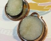 Total eclipse white druzy and copper mini weights
