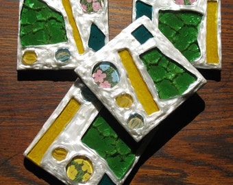 White Metallic Flowers Recycled Stained Glass Mosaic Coasters (Set of 4)