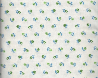 McCalls Blue Rosebuds (33505-3) - by the piece - 33-inches