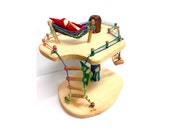Large tree house with Greenish cotton