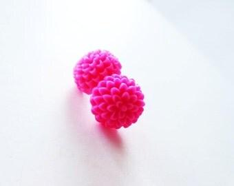 Hot pink earrings.  Pink mum earrings.  Pink flower earrings.  Stud earrings.  Post earrings.  Chrysanthemum. Fuchsia flower earrings.
