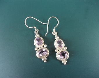 Vintage 925 Sterling Silver Cabochon Amethyst Dangle Drop Pierced Earrings