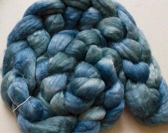 Superwash wool & Tencel Roving, 60/40, 4 oz. - Sky Tonal