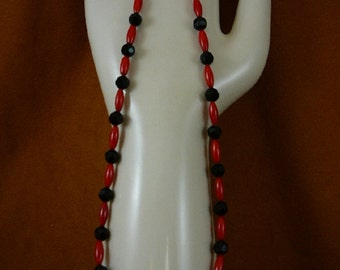 18 inch long 13x5 mm red bamboo coral with black onyx beaded Necklace jewelry V30-81